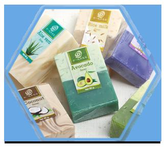 Tránh sử dụng xà phòng có tính tẩy rửa mạnh, cọ mặt, các chất làm se da và đắp mặt nạ