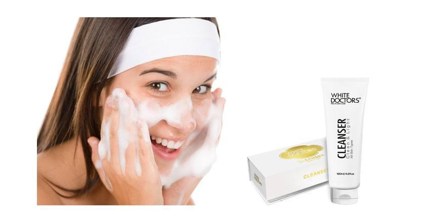 bước 1 sử dụng sữa rửa mặt y học làm sạch da
