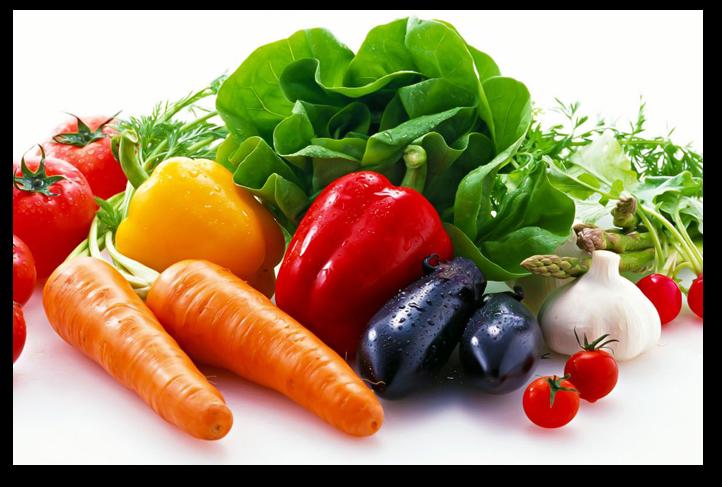 ăn nhiều rau củ quả bổ sung vitamin, uống nhiều nước