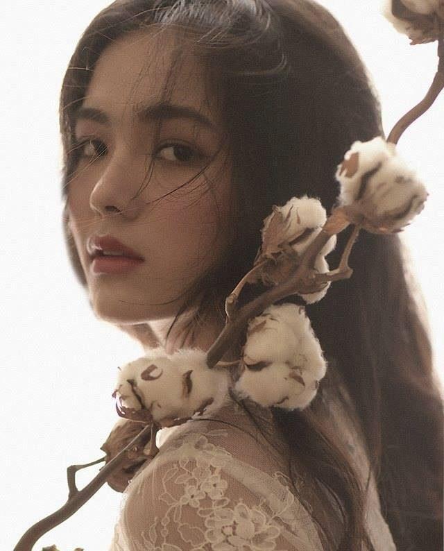 Hồ Thiên Trang - Nữ sinh Trần Phú xinh đẹp mang 3 dòng máu
