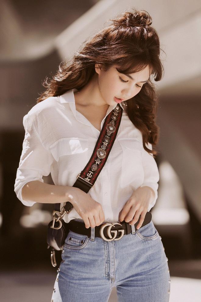 Ngọc Trinh tái hợp cùng Khắc Tiệp trong bộ ảnh dạo phố Hàn cực tình tứ