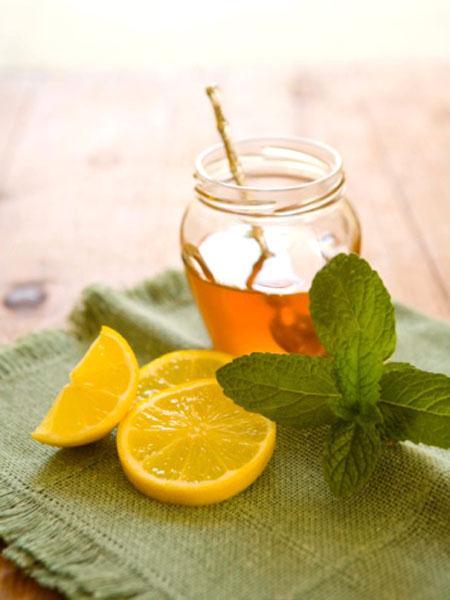 Honey, lemon and mint on napkin